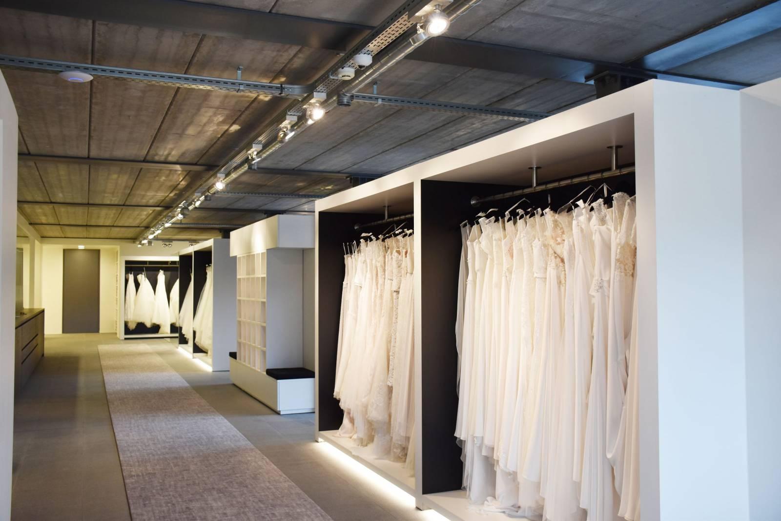 Cermo Concept - Bruidsmode - Kostuum - House of Weddings  - 4