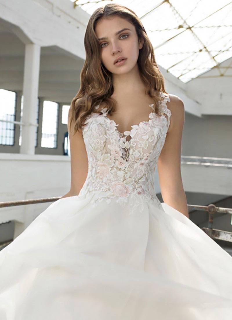 Cermo Concept - Bruidsmode winkel - Trouwjurk - Kostuum - House of Weddings - 7