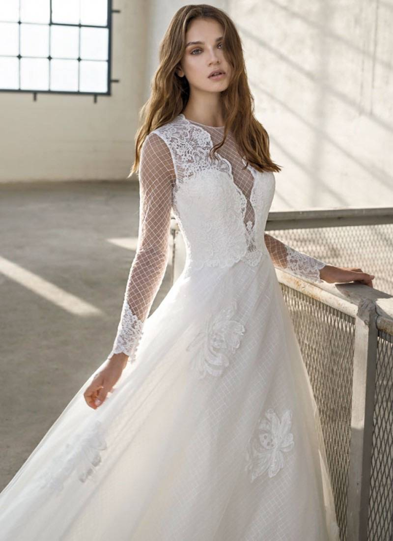 Cermo Concept - Bruidsmode winkel - Trouwjurk - Kostuum - House of Weddings - 8