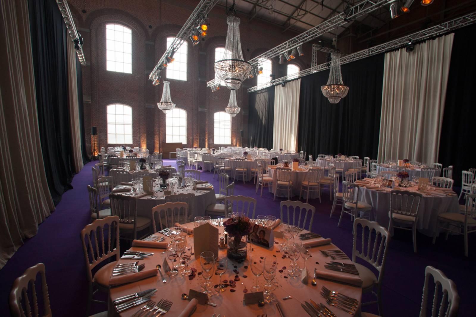 Hangar 43 - Feestzaal Oost-Vlaanderen - Industrieel - House of Weddings - 11