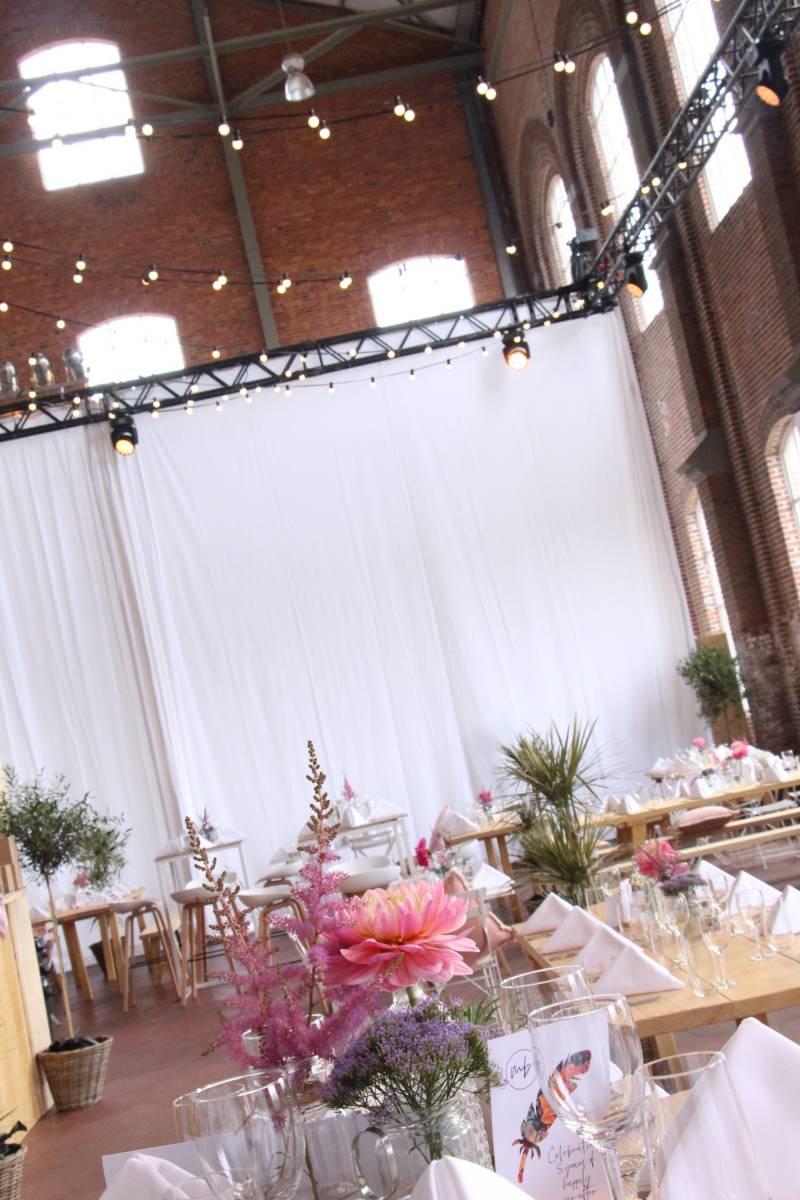 Hangar 43 - Feestzaal Oost-Vlaanderen - Industrieel - House of Weddings - 20
