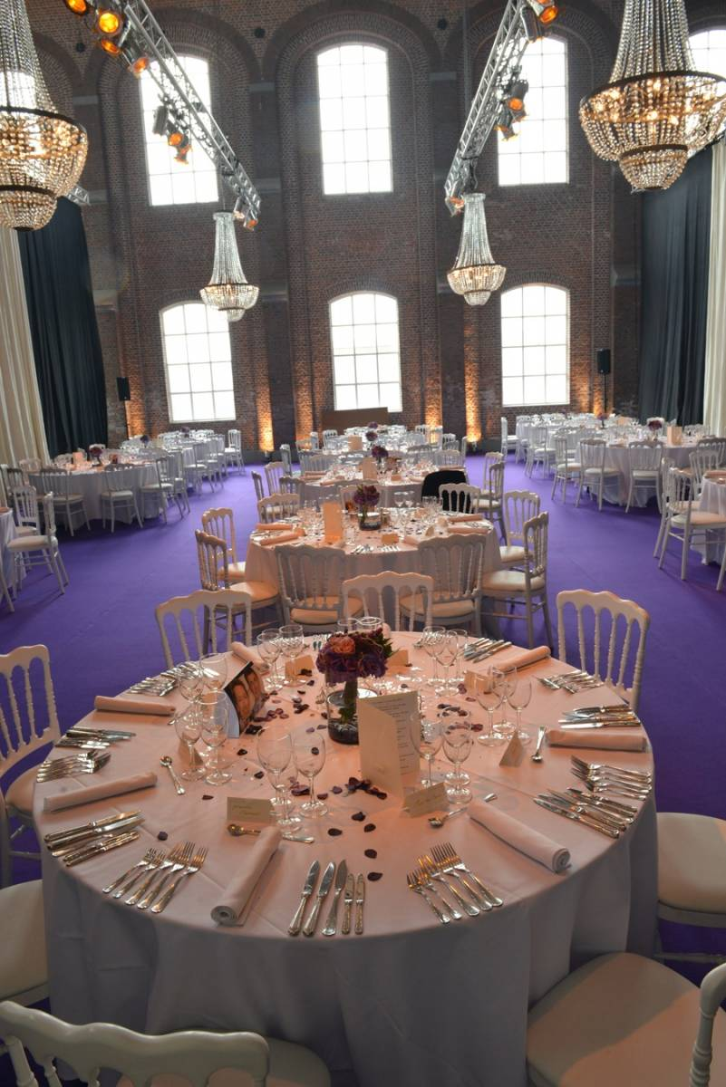 Hangar 43 - Feestzaal Oost-Vlaanderen - Industrieel - House of Weddings - 3