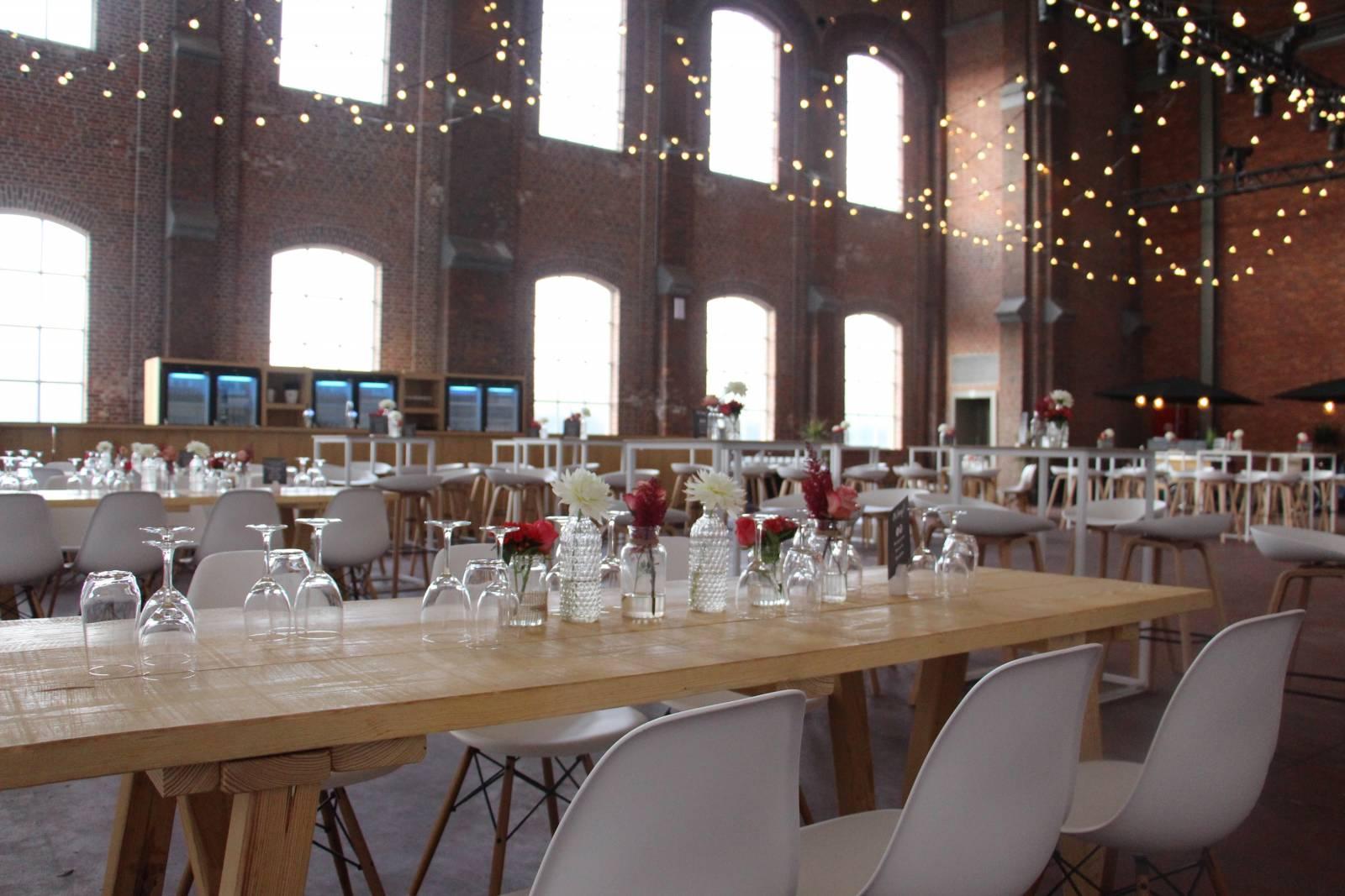 Hangar 43 - Feestzaal Oost-Vlaanderen - Industrieel - House of Weddings - 34