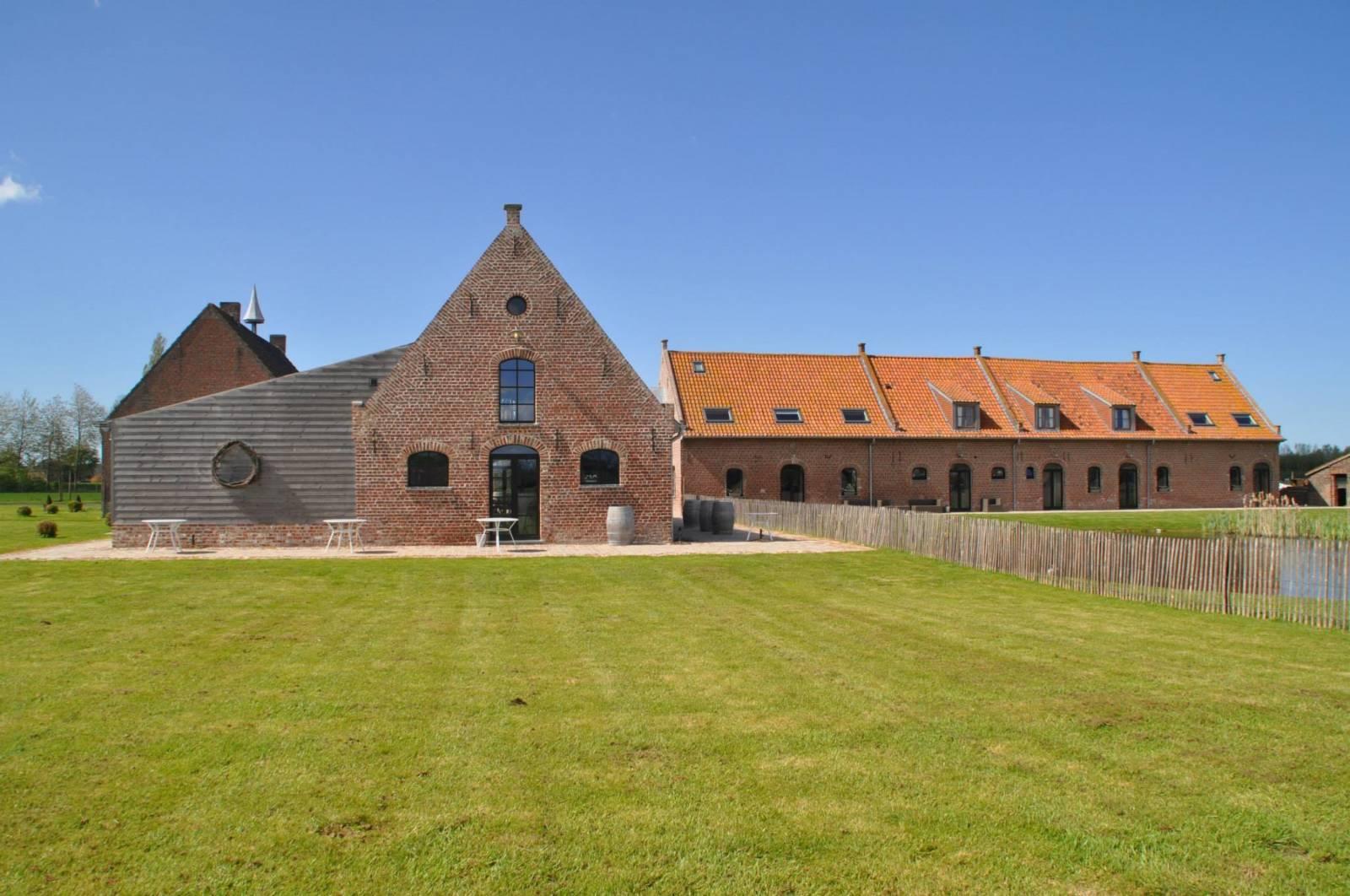 House of Weddings Domein t Eikennest Feestzaal Catering ceremonie West Vlaanderen slaapkamers (7)