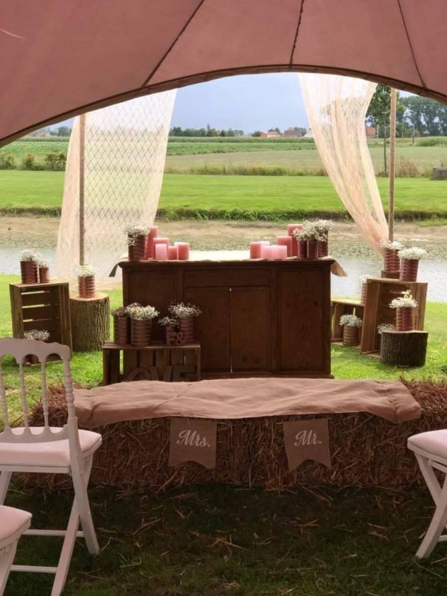House of Weddings Domein t Eikennest Feestzaal West-Vlaanderen Diksmuide Beerst Tuin Park Vijver Tent Ceremonie Schuur pold (4)