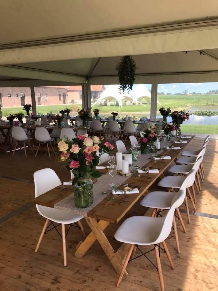 House of Weddings Domein t Eikennest Feestzaal West-Vlaanderen Diksmuide Beerst Tuin Park Vijver Tent Ceremonie Schuur pold (5)