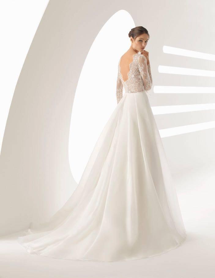 La Sposa - clothing - House of Weddings - 3