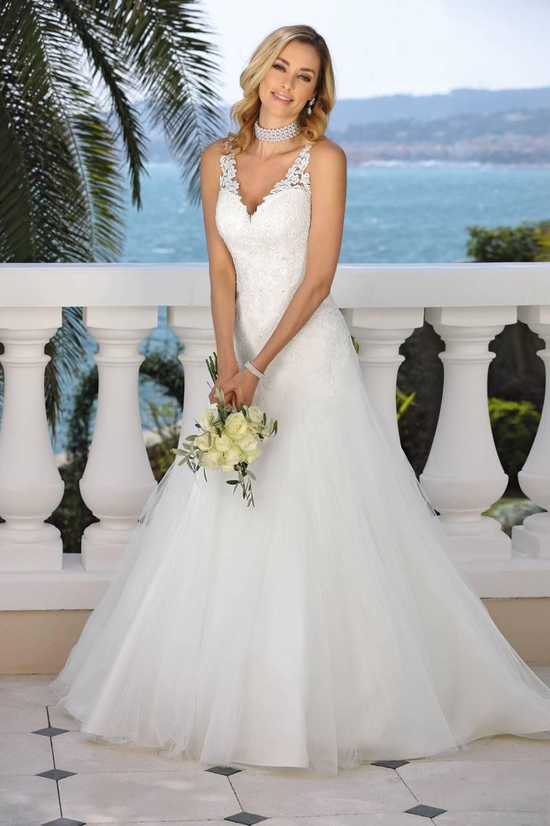 Maxim's Couture - Bruidsmode - Bruidsmodewinkel - Trouwjurk - House of Weddings - 23