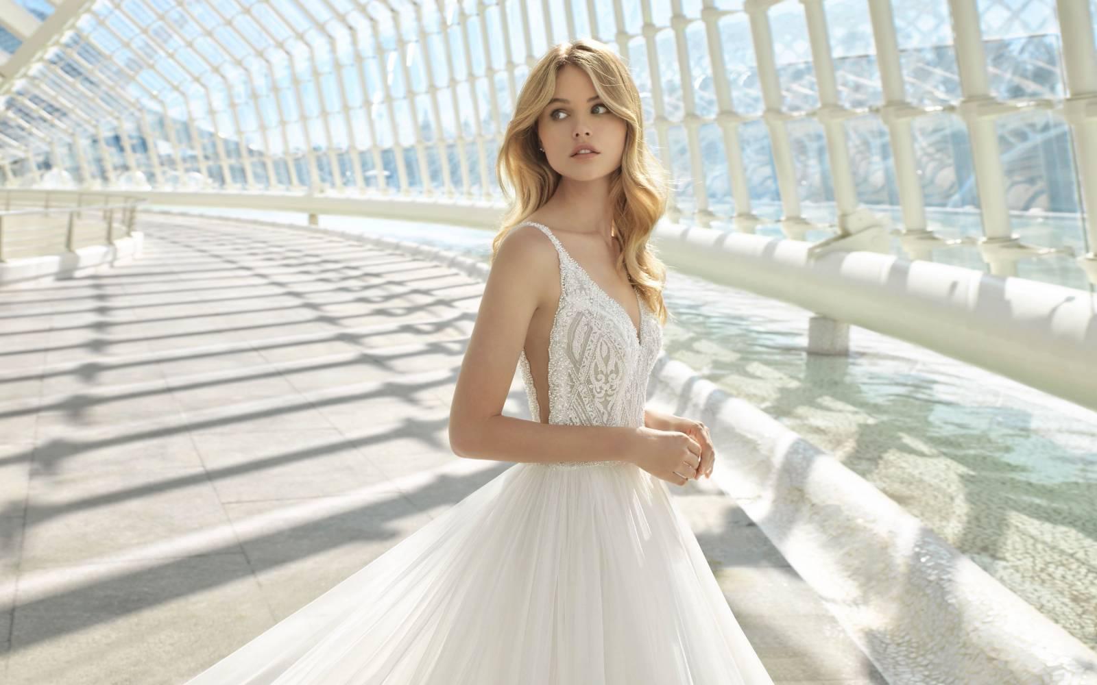 Maxim's Couture - Bruidsmode - Bruidsmodewinkel - Trouwjurk - House of Weddings - 25
