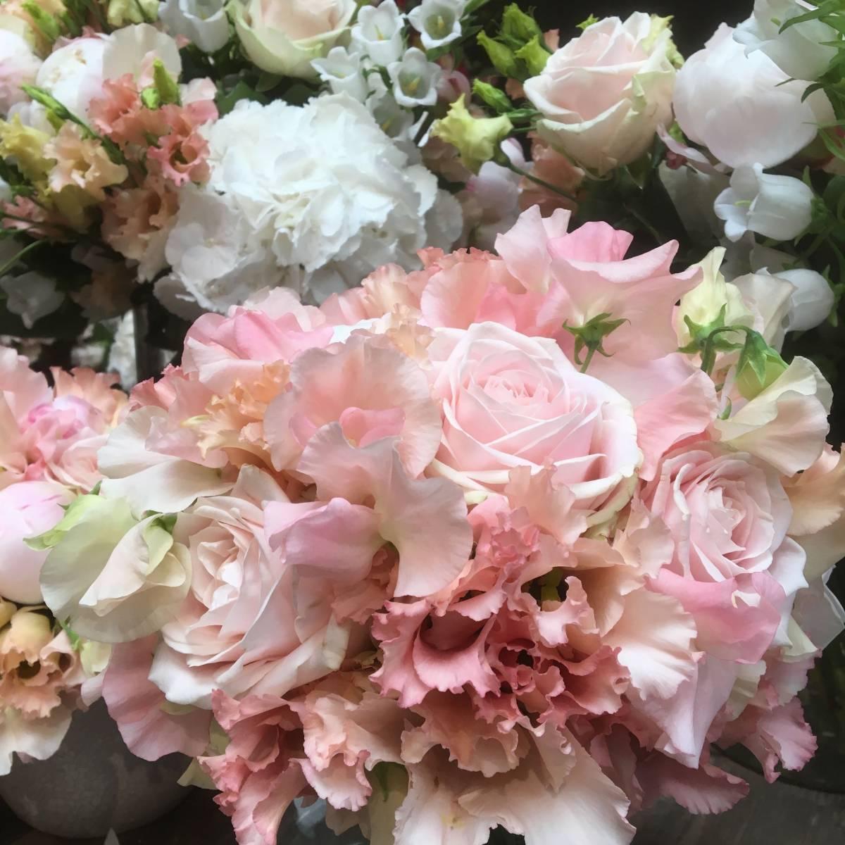 Young Amadeus - Bloemen - House of Weddings - 16