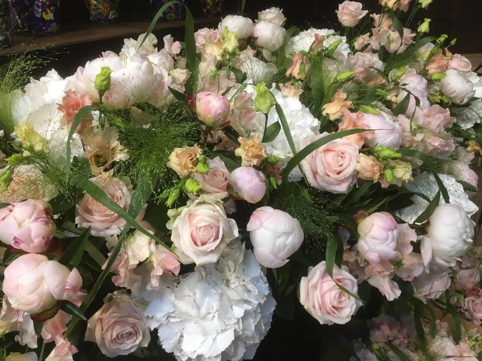 Young Amadeus - Bloemen - House of Weddings - 18